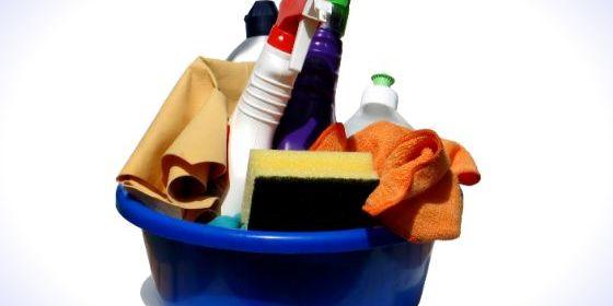 trucchi per pulire casa senza detersivi