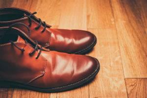 dentifricio scarpe