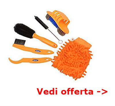 set spazzole per pulizia bici