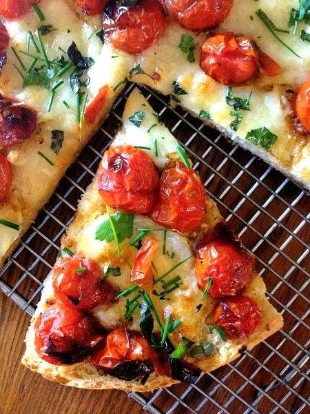 pizza con pane avanzato