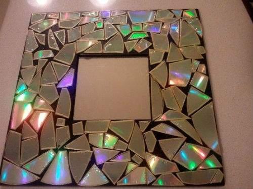 specchio con cd musicali
